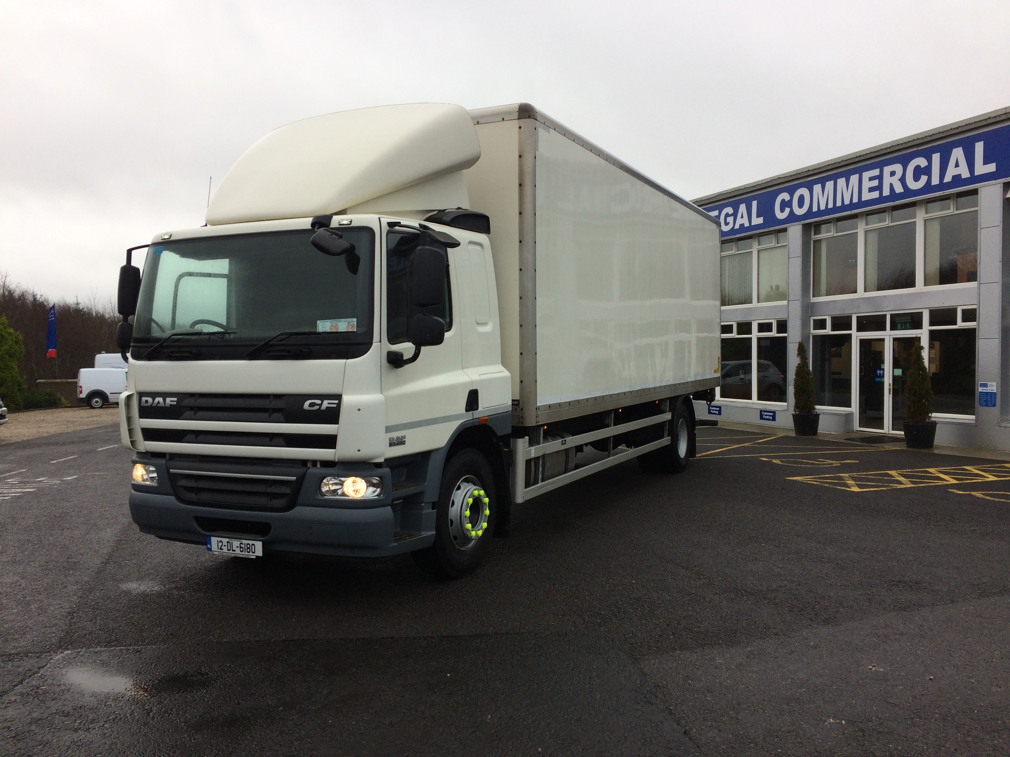 DAF CF 65 series/220 box body - Donegal Commercial Vehicles